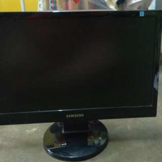 Used 19' Samsung Monitor