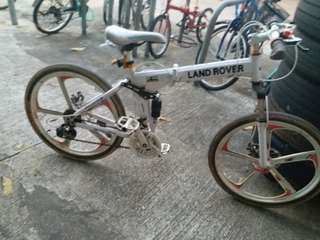 land rover cycle