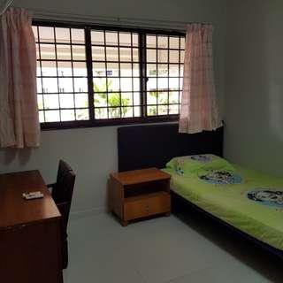 Bukit Batok Avenue 5 (Room Rental)