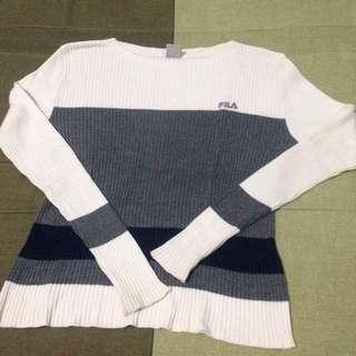 Reprice Sweater size L bisa melar lagi gak ada bolong atau sobek