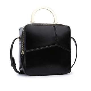 🆕Black Square Sling bag/ Cross Body Bag