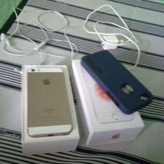 Iphone SE 32 gb FACTORY UNLOCK