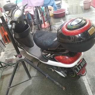 Scooter type ebike for sale or swap