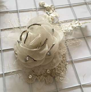 Hairpiece jaring bunga