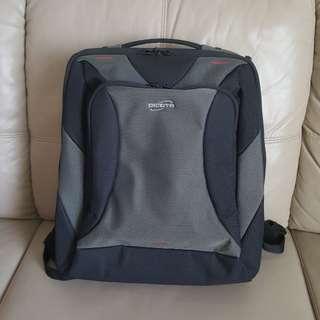 Dicota Premium Laptop Haversack