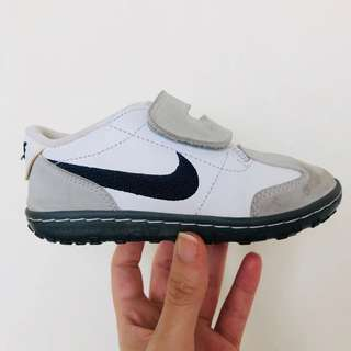 Nike Shoes - Boys white sneakers - size 26