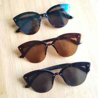 Sunnies Sunglasses Shades Cat Eye