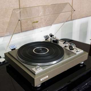 Pioneer PL-A215S Turntable