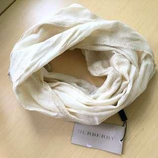 Burberry 米/金色頸巾圈 (全新連牌)