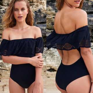 Black offshoulder swimwear (Size:S)