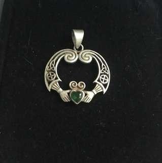 Bradford exchange emerald pendant