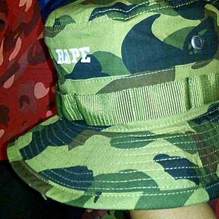 Bape  bucket hat