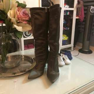 Stylish Heels Boots