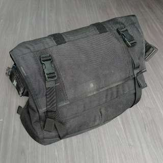Mission Workshop Monty 21L Black