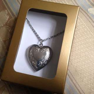 Locket (with your picture)
