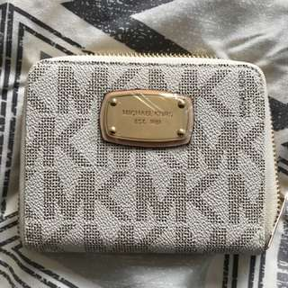 Michael kors monogram medium wallet vanilla