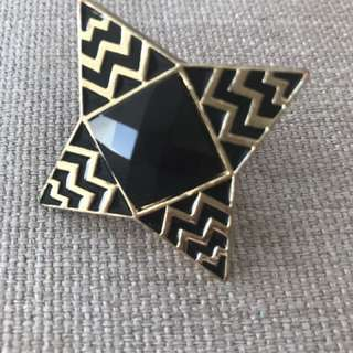 Gorgeous Nicole Richie/House of Harlow style ring
