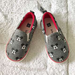 BN GAP Baby Mickey Mouse All Over Slip Ons/Loafers US 6 (1-2 years!)