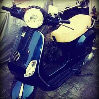 Vespa LX150 2012