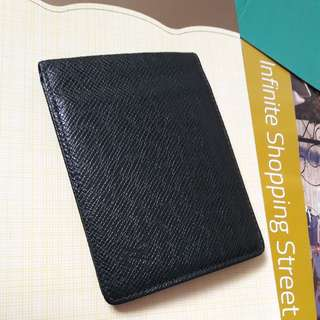 LV  Bifold Wallet Authentic