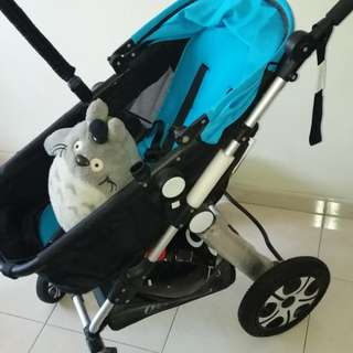 CNY Discount Pristine condition baby pram stroller buggy Safe and super features Free toy!!