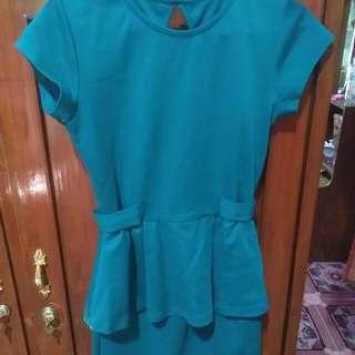 Dress hijau tua