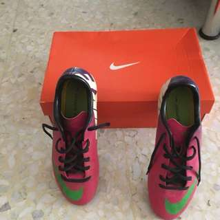 Soccer boots Nike Mecurial for boys