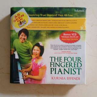 Hardcover Hee Ah Lee The Four Fingered Pianist - Kurnia Effendi