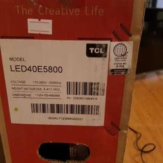 "TCL UHD SMART TV 40"""