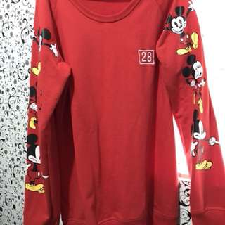 Pullover Disney Authentic / Mickey Mouse  Fits Med - Large