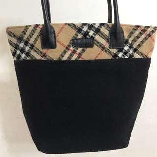 Burberrys Shoulder Handbag