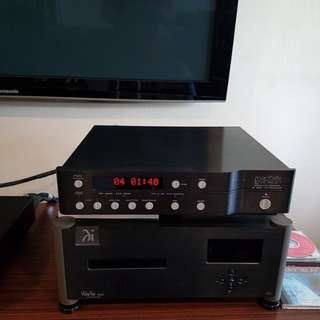 Mark levinson 390S cd player