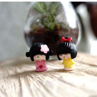 [Instock] Terrarium figurine little sisters ( Pair)