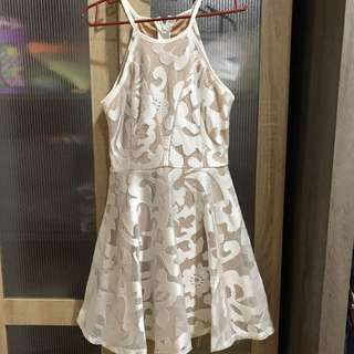 ⬇️RM30 Doublewoot white lace dress