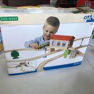 KIDS WOOD City Set 3781