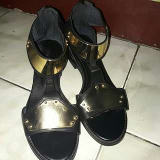 sandals with gold design