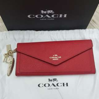COACH Auth. Red Soft Wallet In Crossgrain Leather