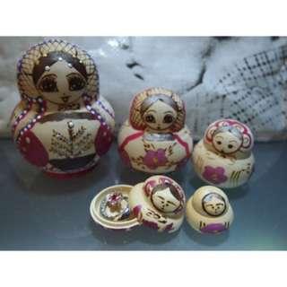俄羅斯娃娃 Russian doll