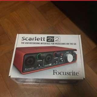 FOCUSRITE GEN 1 SCARLETT 2I2