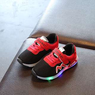 👟Kids LED Flash Light Sports Shoes Boys Girls Mesh Breathable Shoes👟
