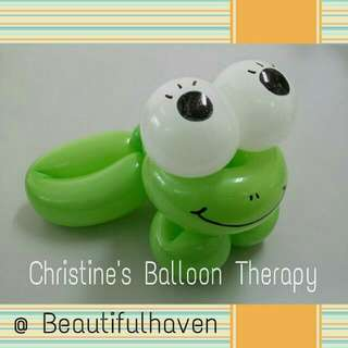 FROGGIE Balloon Sculpture