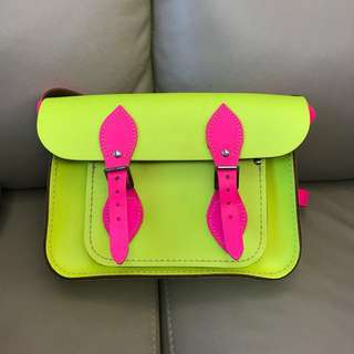 the cambridge satchel company 瑩光黃x粉紅 斜咩袋 手袋