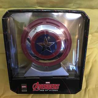 Avengers Bluetooth Speaker and Marvel Shield power bank 美國隊長