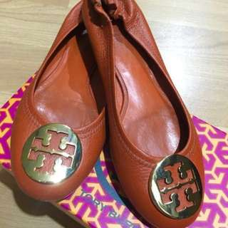 Reduced!! 🔥🔥Authentic Tory Burch Reva Flats