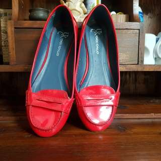 BLOODY RED FLAT SHOES