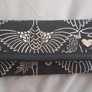 Urban Originals black and white wallet