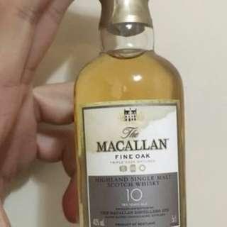 麥卡倫10年F i n e O a K威士忌50m l酒辦一支,無盒。