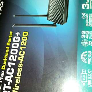 ASUS RT-AC 1200 router