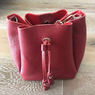 Mark down!Italy leather genuine leather red bag