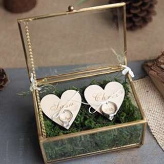 Wedding ring box holder - Dual hearts with moss